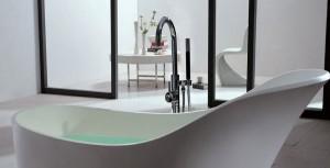 La baignoire ilot : le must have de la salle de bain design