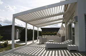 pergola bioclimatique en aluminium