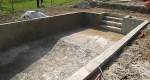 Les étapes de la construction d'une piscine creusée