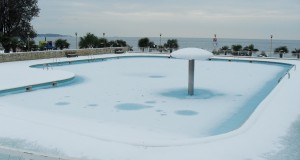 L'hivernage passif de votre piscine bois : comment s'y prendre ?