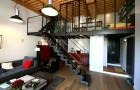 Une mezzanine design pour gagner une chambre en plus