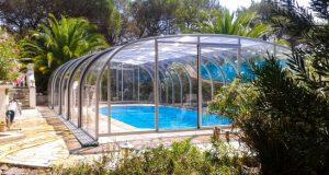 Comment installer son abri de piscine sans faire appel à un pro ?