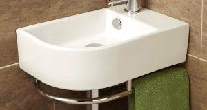 Plomberie : poser un lave-main en coin