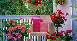 Aménager une terrasse avec des plantes artificielles