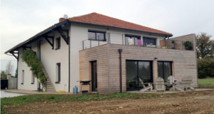 Faites confiance à un pro pour l'extension en bois de votre maison