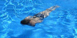 Quels sont les travaux préalables avant de construire une piscine ?