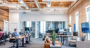 Aménagement extérieur d'entreprise : que ne faut-il pas oublier pour les salariés ?