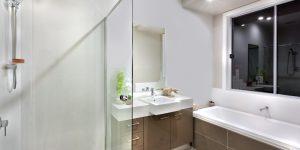 Installer sa paroi de douche soi-même : les étapes à suivre