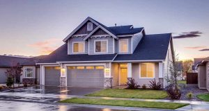 Les avantages et les inconvénients d'une porte de garage sectionnelle
