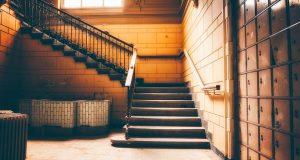 Quels sont les outils indispensables pour refaire un escalier ?